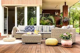 Mixing Indoor And Outdoor Furniture